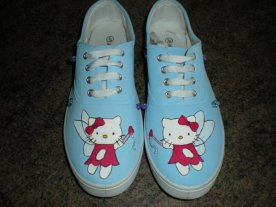 Hello_Kitty_Shoes_by_harley_quinn4