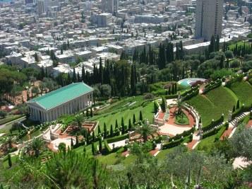 Israel_-_Haifa_-_Bahai_Gardens_003