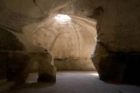 cave-israel