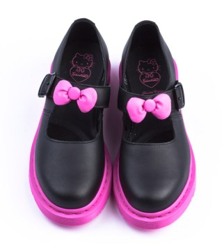 hello-kitty-x-drmartens-black-mary-jane-02