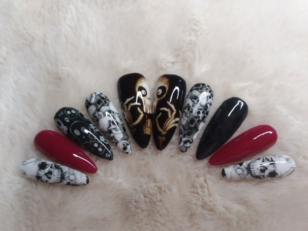 Large Skull Press On Nails – Shop Violablu