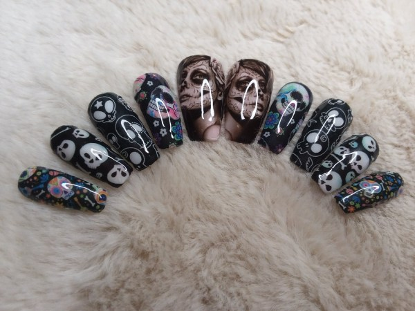 Medium Sugar Skull Press On Nails – Shop Violablu