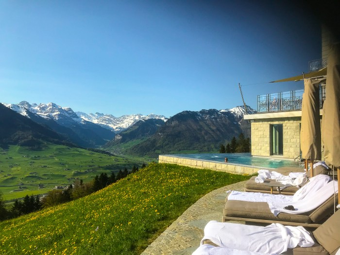 The outdoor spa pool at Villa Honegg