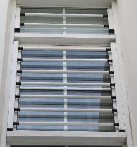 Folding aluminium window with stainless steel metal elements T-120