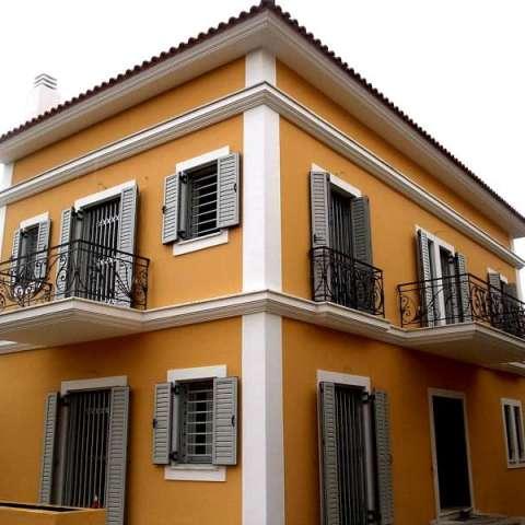 Πτυσσόμενα και συρόμενα κάγκελα ασφαλείας σε πόρτες και παράθυρα μονοκατοικίας