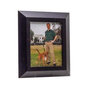 Lot #147 – How I Met Your Mother (2005-2014) Arthur Hobbs Bob Odenkirk Screen Used Framed Photo
