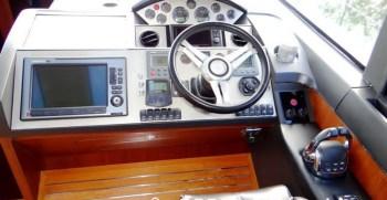 PRINCESS-V52-2012-2-X-VOLVO-670-HP4