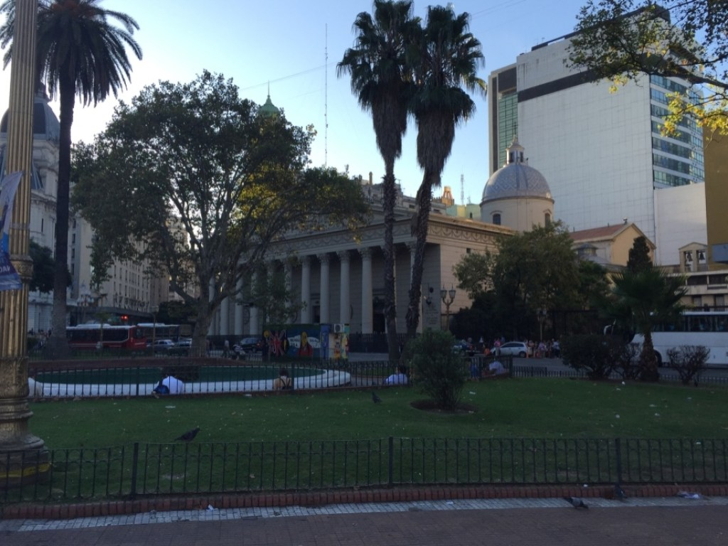 VIP TOURS BA - EXPERIENCES IN BUENOS AIRES - MAY SQUARE