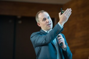 Salesforce promotes Bret Taylor to president and COO – TechCrunch
