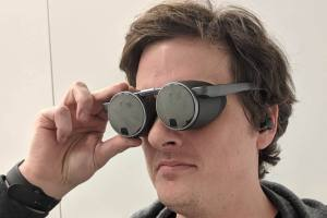 Panasonic VR glasses hands-on: An intriguing vision in need of a platform