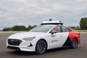 Yandex claims 2 million self-driving car miles, double in 4 months