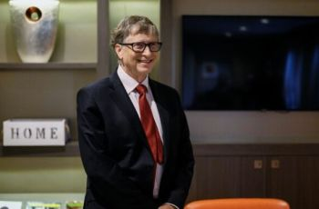 Bill Gates steps down from Microsoft board