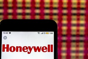 Honeywell lays down $1.3 billion to drive AI and IoT into life sciences