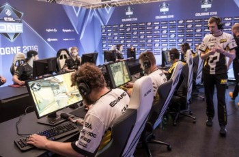 Navi esports club launches 'metaverse' with DMarket in-game trading platform