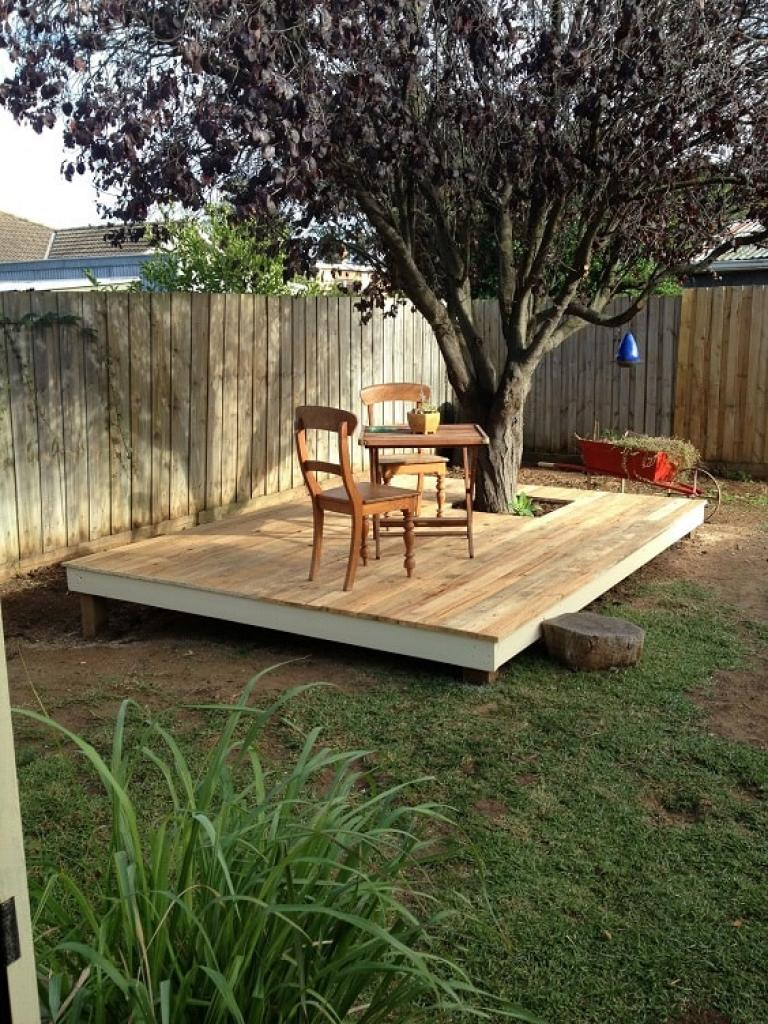 Admirable DIY Pallet Patio Terrace Ideas - Page 14 of 21 on Diy Small Patio Ideas id=53444
