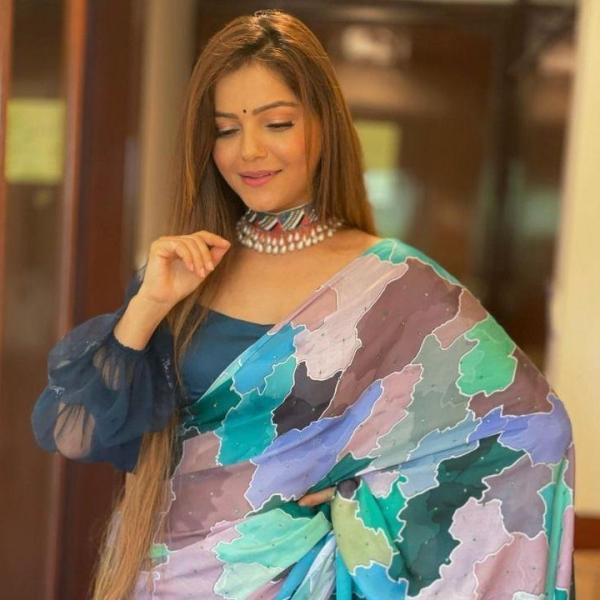 Rubina Dilaik looks ravishing in blue saree
