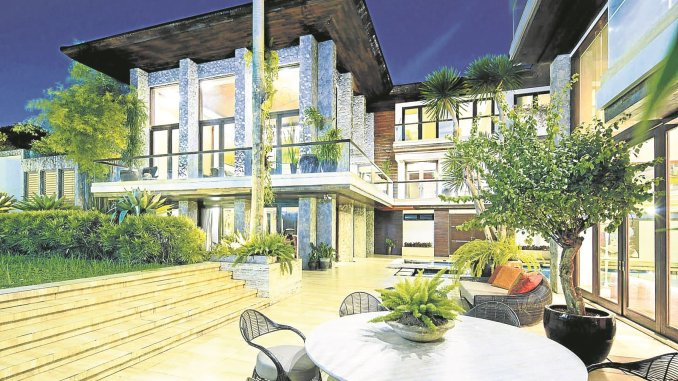 Manny Pacquiao owns a mansion in Forbes Park. [Image Credit: Inquirer]
