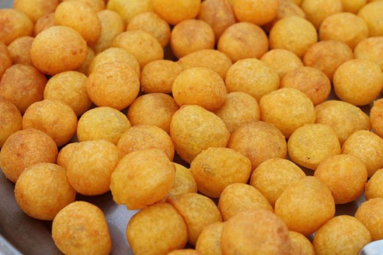 1-sweet-potato-balls-kanom-kai-nok-krata