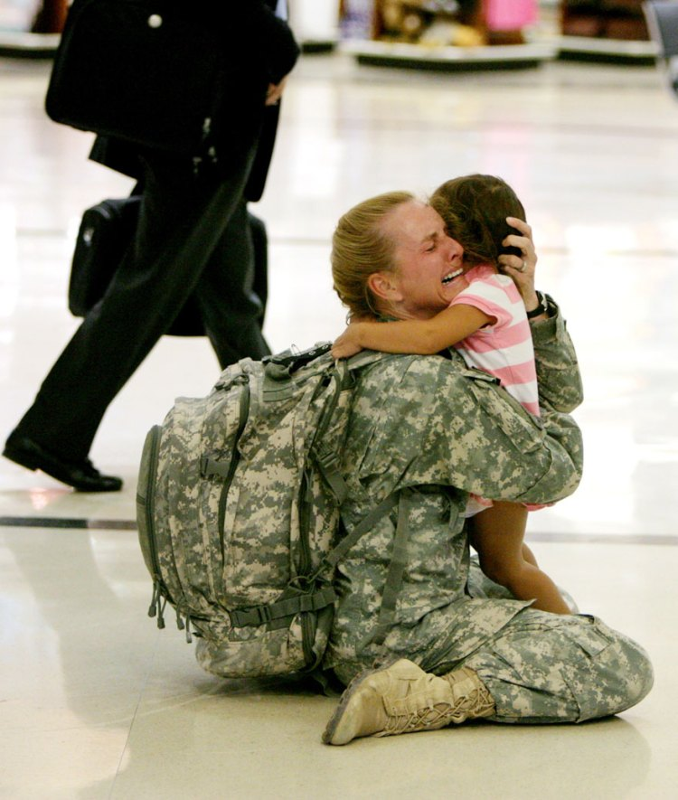 10-terri-gurrola-is-reunited-with-her-daughter-after-serving-in-iraq-for-7-months