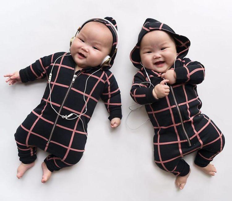 26-cool-babies-with-headphone