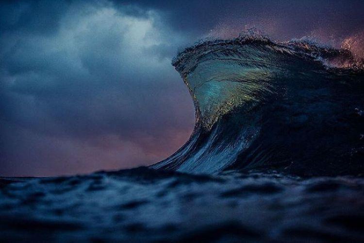 wave-photography-lloyd-meudell-10-5836b7f8d3b63__700