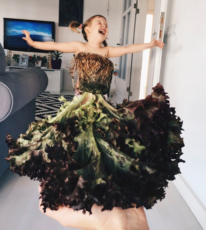 "Mom ""Dresses"" Her Daughter In Food And Flowers Using Forced Perspective, Becomes Internet Star"
