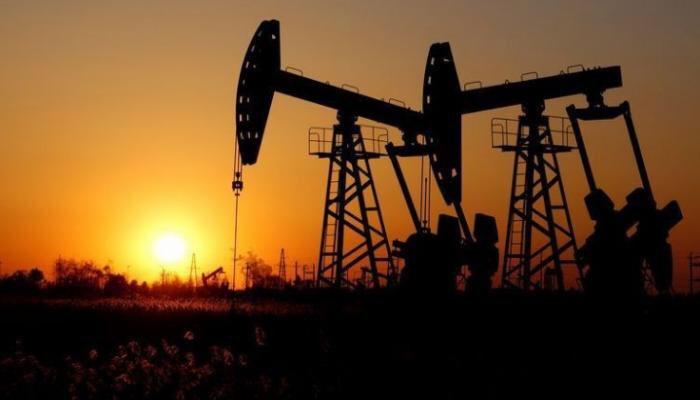 انهيار سعر برميل النفط الامريكي