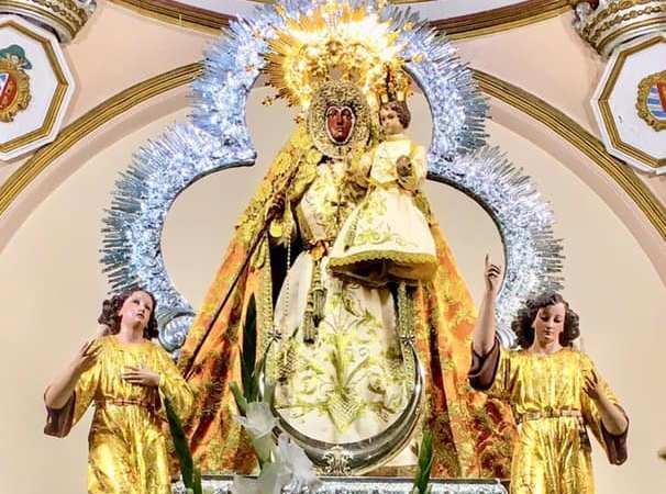 Rezo del Santo Rosario y Procesión Claustral 15 de julio – 2019