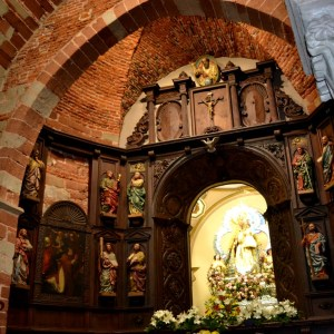 Pon en tu casa estas fiestas un altar a la Virgen del Collado