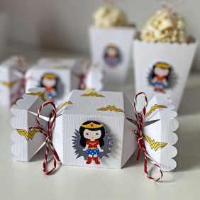 Caja Caramelos Wonder Woman