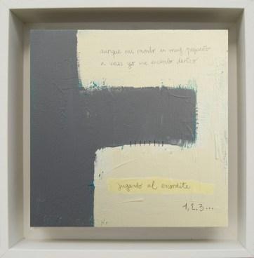 Jugando al escondite · 2016 · 26 x 26 cm
