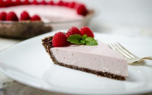 Raspberry No-Bake Cheesecake