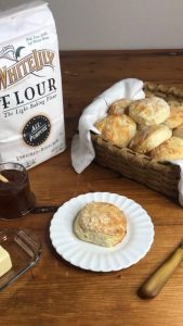 Read more about the article How to Make Buttermilk Biscuits
