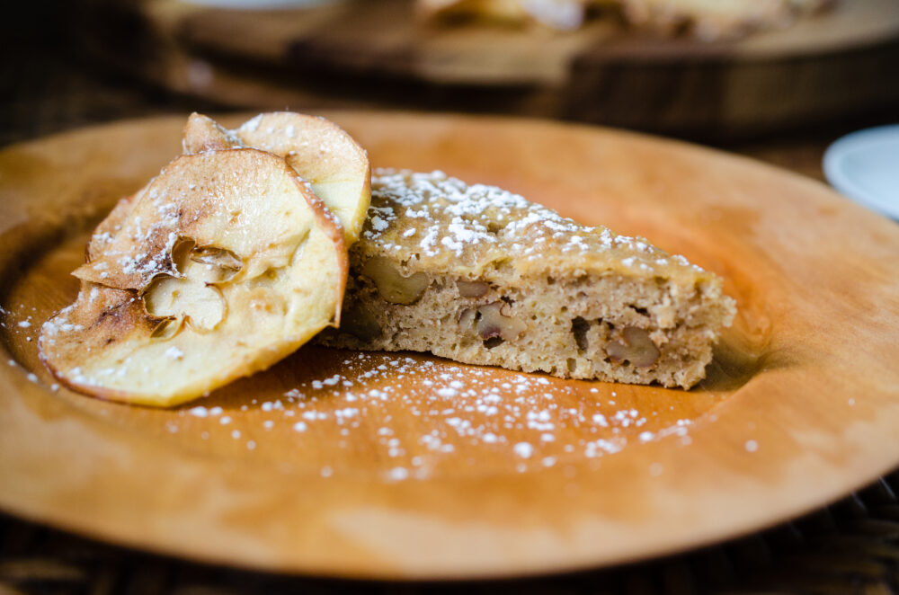 Read more about the article One Bowl Apple Snack Cake
