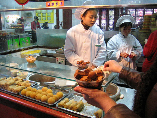 yu-yuan-bazaar-foodstand.jpg