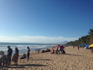 Pantai Kuta yang selalu ramai