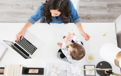 How to Balance Working From Home & Being a Mom
