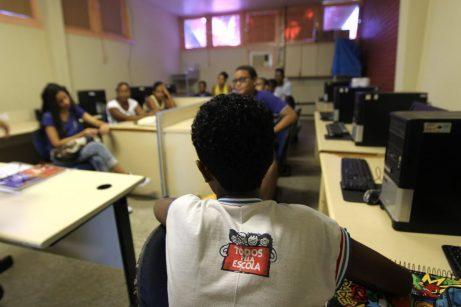 Cursos preparatórios na Escola Parque. Foto: Paula Fróes/GOVBA