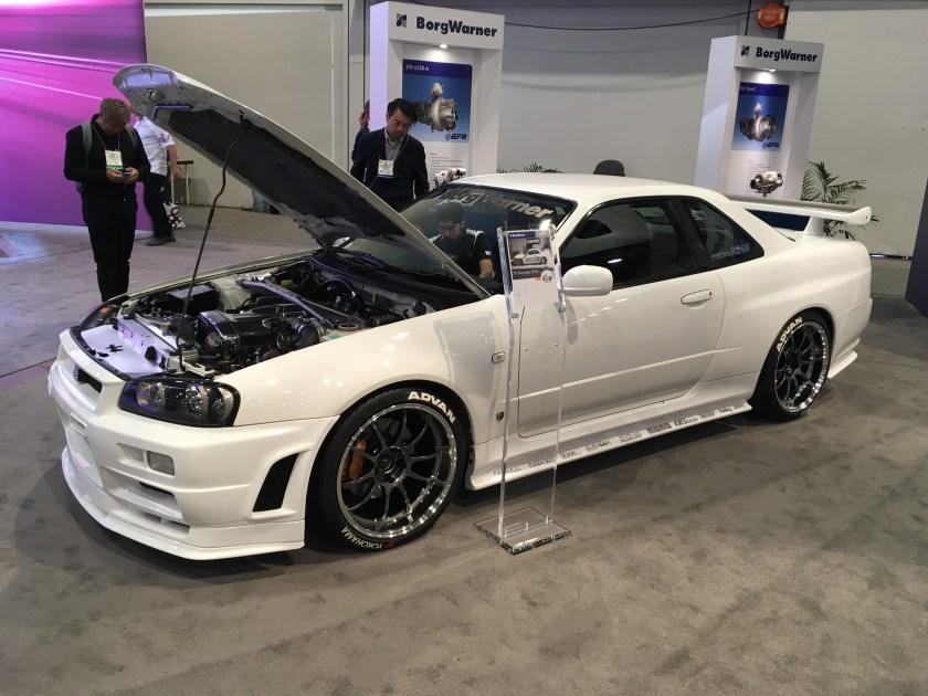 White Nissan R34 Skyline GT-R