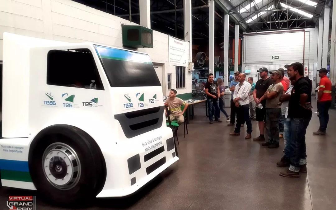 Simulador de Caminhão @ Segurança no Tráfego