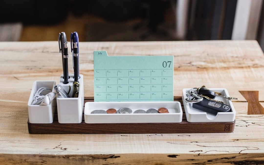 tidy desk, business lessons learned