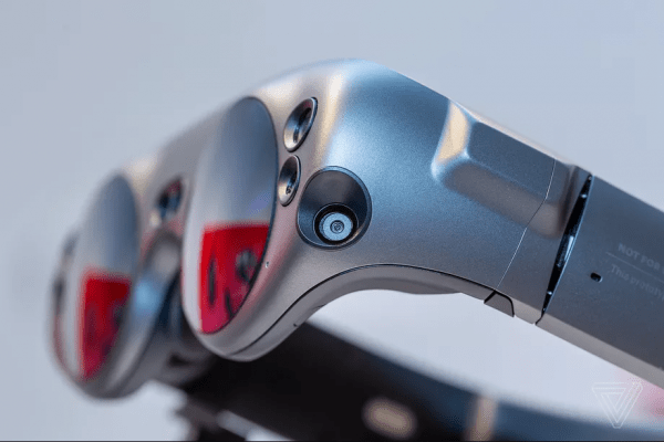 Magic Leap One Augmented Reality Headset Creator Edition