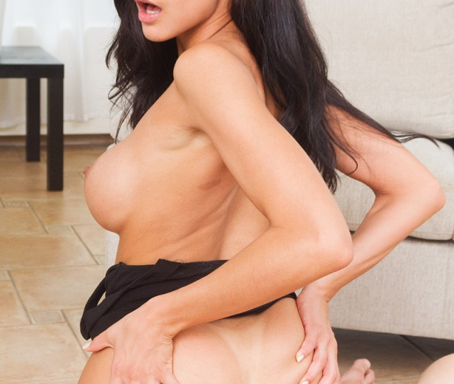 Sex Porn Photo Sexy Housewife