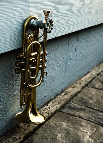 faucet trumpet