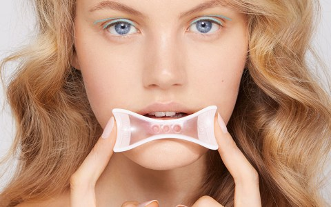 VGXW Magazine Beauty Editorial - Click Bait by Keith Clouston | Virtuogenix.Online