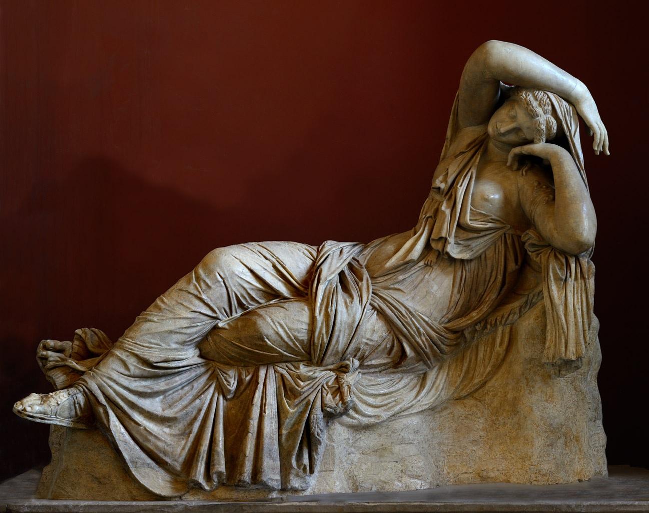 Resultado de imagem para estatuas gregas ariadne