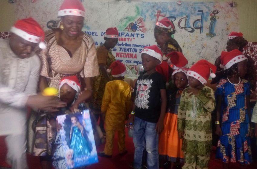 Noel 2016: L'honorable Melvina et l'ONG Ireti font le bonheur de plus 5000 enfants à Porto-Novo, Adjarra et environs