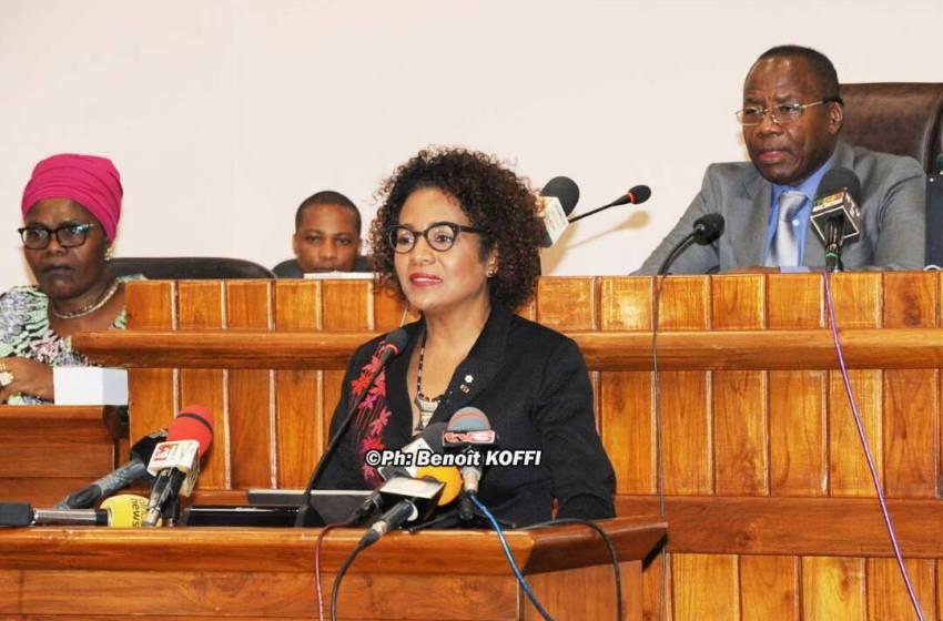 Message de Michaëlle Jean aux députés : La démocratie, l'engagement des jeunes, le numérique et les réseaux sociaux au cœur des priorités de l'OIF