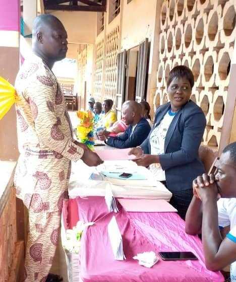 Appui à la Scolarisation des enfants en milieu rural : La Présidente Estelle DOUCHEMIN et la JCI Cotonou Prestige envoient 330 enfants à l'école