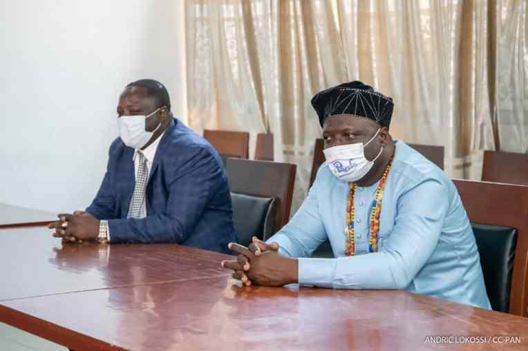 """ICI 0 DROITE? le """"Vidaho"""", le successeur désigné du roi Gandjègni Awoyo Gbaguidi XIV"""